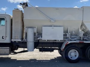 Volumetric Mobile Mixer Truck For Sale