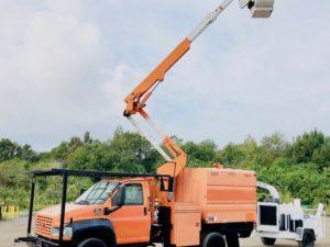 Bucket Truck Chipper Dump Forestry