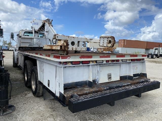 FEC 3216 Crane OTR Service Truck