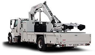 FEC 3000 OTR Tire Manipulator Truck