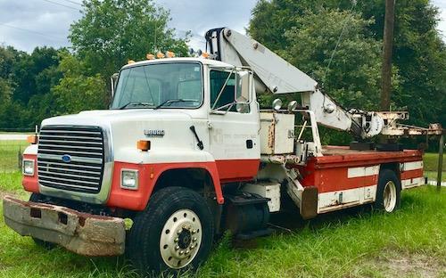 FEC 3000 Tire Crane OTR Service Truck